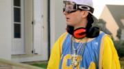 Fatal Bazooka - Parle A Ma Main feat. Yelle et Christelle (Оfficial video)