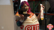 Behind the scenes of Asuka's Nissin Cup Noodles photoshoot