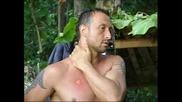 Крика отново е гол и дразни останалата част от племето .сървайвър Филипините епизод шест
