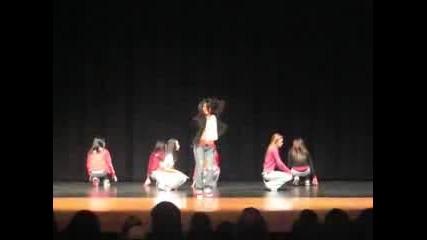 7 Sexy Sexy Girls Dancing