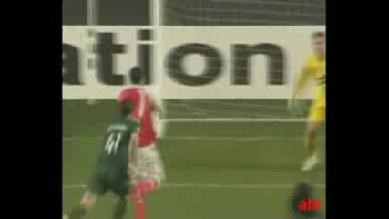 Benfica - Oscar Cardozo 7