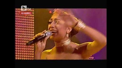 Роксана отново разчувства всички с това изпълнение !