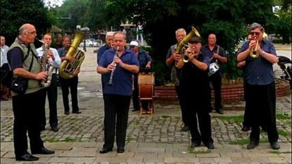 Духов  оркестър  -  Кърджали  .....   вече  без  една  половин  вековна  традиция !!!