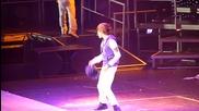 Justin Bieber - Runaway Love наживо в Albany, 25.08.2010