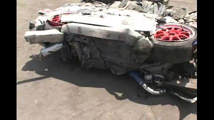 Унищожаване на хонда сивик