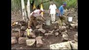 Археолози разкопаха древен некропол в града на маите Чечен Ица