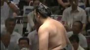 Котоошу с втора победа този път срещу Такарафуджи / Аки Башо 16.9.2013