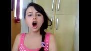 Момиче с много гадно оригване - Смях