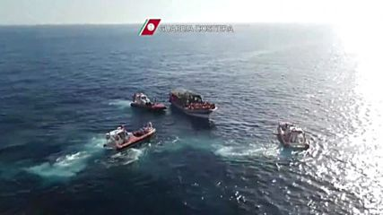 Italy: 4,500 refugees intercepted in 30 Mediterranean operations
