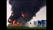 Пожарът в рафинерията във Венецуела се разраства