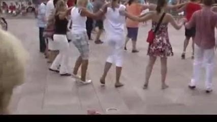 Pente pente deka - Превод