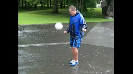 Футболни Бройки