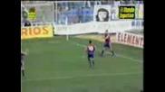 100 златни гола на Стойчков за Барса