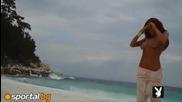 Николета Лозанова на плажа (1)