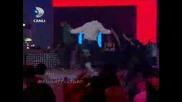 Yusuf Guney,  Kolbasti Oynuyor !! { Beyaz Show 20.02.2009 }.flv