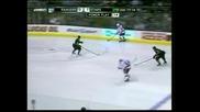 """Новобранец донесе победата на """"Рейнджърс"""" с 3:2 над """"Далас"""" в НХЛ"""