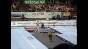 86-годишна гимнастичка прави фурор