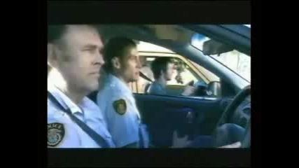 Ето така трябва да се отнасяме с полицаите