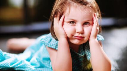 10 неща, които децата със строги родители ще разберат