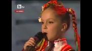 Малкото момиче с великолепен Български глас