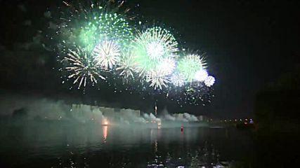 Spectacular firework festival illuminates Moscow sky