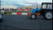 Несигурно състезание: Bmw срещу трактор