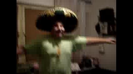 Мексиканец Танцува 2