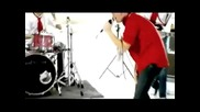 Silverstein - Smashed Into Pieces (hq) + превод