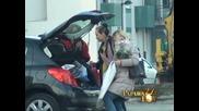 Paparazzo lov - Salveta izvela cerku iz bolnice - (Tv Pink)