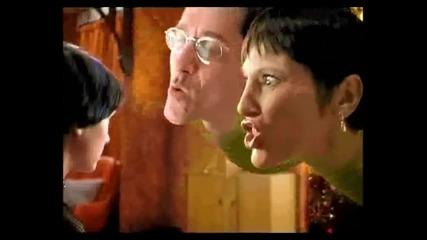 Откъс от филма Гаражен рок / Garage Days (2002)