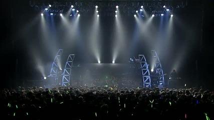 Много яка холограма на концерт!!!