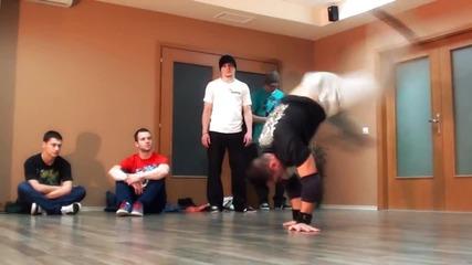 Break Dance 2012 (video by Cool Art Image)
