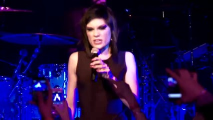 Страхотна! Jessie J - Do It Like A Dude На Живо