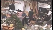 Последсвията след разрушителното турнадо в Сащ