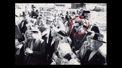 Невероятно - човек сниман от бъдещето в снимка от 1940