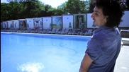 Мъж пикае в басейн без да свършва!!! - еп1