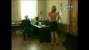 Гола секретарка в кабинета на шефа си - Скрита камера