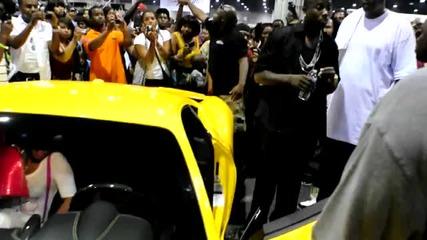Gucci Mane getting into his brand new Ferrari 458 Italia - 2010 V103 Show - Atl, Ga