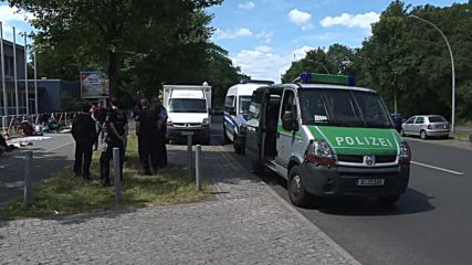 Протест на бежанци в Германия срещу условията на настаняване