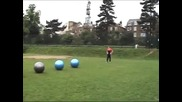 Плъзгане върху топки
