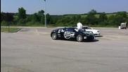 Дрифт около Bugatti Veyron