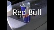 Какво става като смесим Ред Бул и Мляко :x