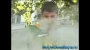 Голи И Смешни - Пушък В Гърдите