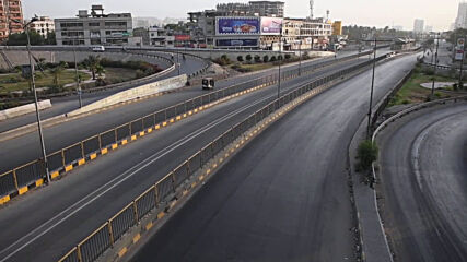 Pakistan: Karachi streets deserted as COVID lockdown ahead of Eid kicks off
