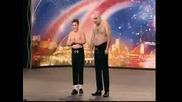 Баща и момче поразяват с шеметно изпълнение Got talent 2009