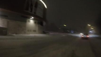 Сноуборд по улиците на София ( Мол Парадайс )