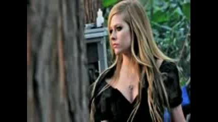 Avril Lavigne - алиса в страната на чудесата