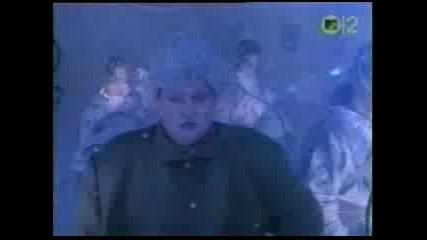 Motley Crue - Smoking In The Boys Room