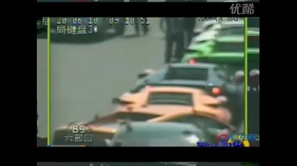 13 Lamborghini заловени от пътна полиция В Китай