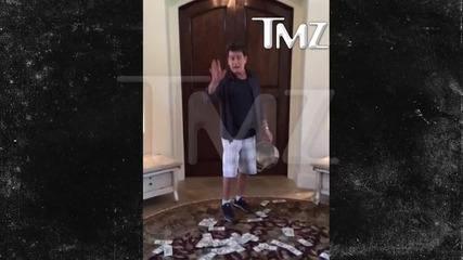 Чарли Шийн отговаря подобаващо на предизвикателството, което е отправено към него!